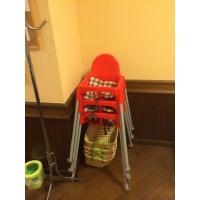 お子様用椅子